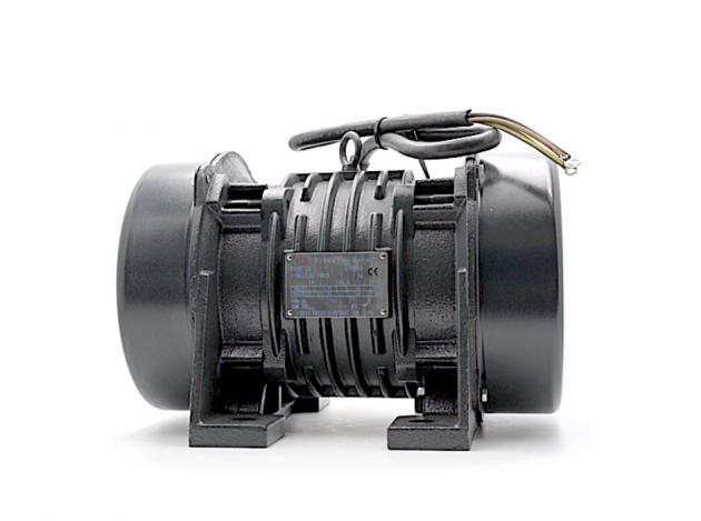 4 Pole (1800/1500 rpm) Vibrator Motor 5